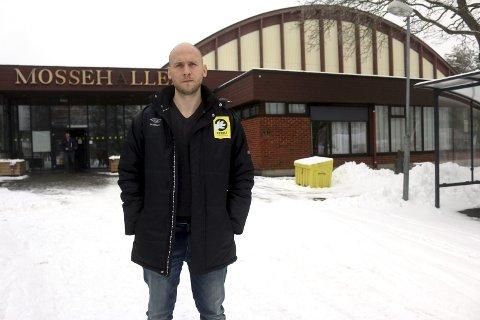 Ønsker mer: Daglig leder Mats Haakenstad i Herulf håper det blir lettere å balansere klubbens treningstider i årene som kommer. For i Mossehallen er det trangt om plassen. Foto: Joakim Bekkåsen