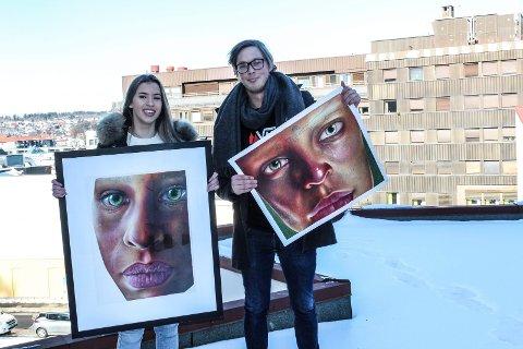 LYSER OPP: Ungdom i Moss innbys til å vise fram sine kunstverk på vegger i sentrum. Agnessa Pedersen (16) synes det er en kjempefin idé, her sammen med Christian Larsen (Ap).