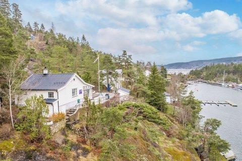 KOSTET: Denne hytteeiendommen i Hallangspollen ble nylig solgt for en pris langt over det som ble antydet.