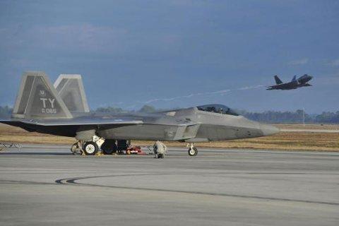 bråker: Det skal være fly av denne typen, F22, som er tenkt til Rygge.