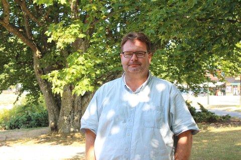 Geir Flote, teknisk sjef i Råde kommune oppfordrer beboere til å vanne ut fra det som er helt nødvendig.
