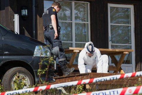 Drept: Det var i denne hytta på Sørbølfjellet i Flå hvor Ekholt-jenta Alexandra Therese Nilssen ble funnet drept