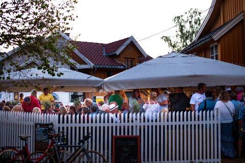 STØYKLAGER: Handelshuset Gastrobar har fått klager på støy i sommer. Nå skal saken behandles politisk.