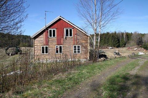 2016: Dette idylliske, lille småbruket ved Nordre Kornsjø i Halden ble satt i stand for 2016-sesongen av Farmen.