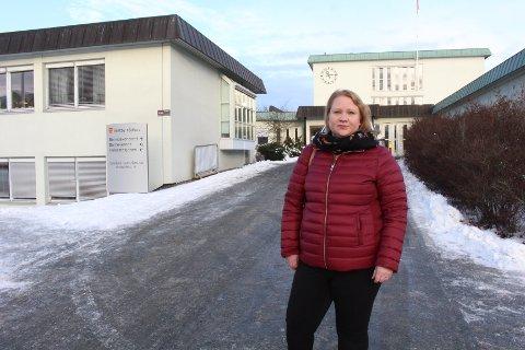 KRITISK: Hovedtillitsvalgt i Vestby Linda Mari Tahir er kritisk til at de mange stillingsutlysningene er på deltid.