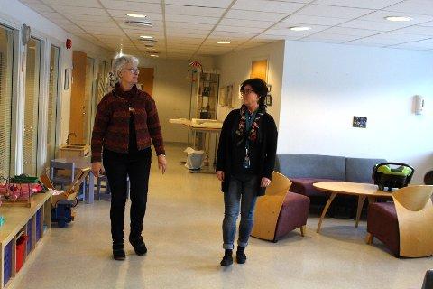 UTELATT: Marianne K. Fredriksen og Grethe Karin Norbeck er to av de ansatte på helsestasjonen som ikke er inkludert i kommunens økte lønnsstige.