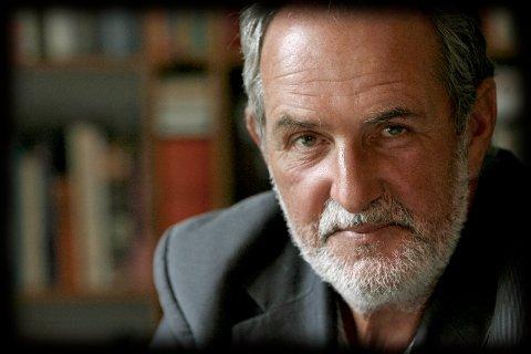 OM KRIGSSEILERNE: Romanserien «En sjøens helt» (2012–2018) er Jon Michelets livsverk.