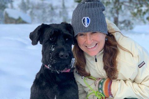 NISJEFORSIKRING: Marianne Broholm Einarsen i Agria dyreforsikring selger bare dyreforsikring, men opplevde også salgsvekst i september.