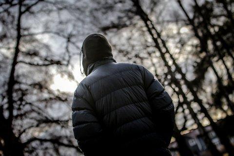 VOLDTATT: «Katja» (26) ble voldtatt av to eldre gutter for åtte år siden. Hun valgte å holde voldtekten for seg selv og ikke si det til noen. Det har vært tungt kan hun fortelle.
