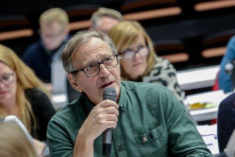 UENIG: Eirik Tveiten og resten av Rødt har skrevet til politidirektoratet og protestert på saksbehandlingen av de nye politivedtektene.