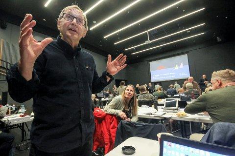 Nedstemt: Rødts Eirik Tveiten fikk ikke flertall for forslaget om å øke eiendomsskatten med 62 millioner i kommunestyrets møte den 11. desember.