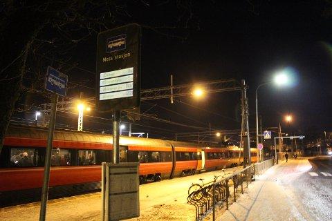 VISER NÅR BUSSEN KOMMER: De nye skiltene viser i sanntid hvor lenge det er til din buss kommer til holdeplassen.