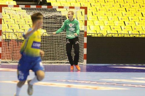 VILL GLEDE: Jonas Stenersen tok cupgull med Follo i Oslo Spektrum søndag.