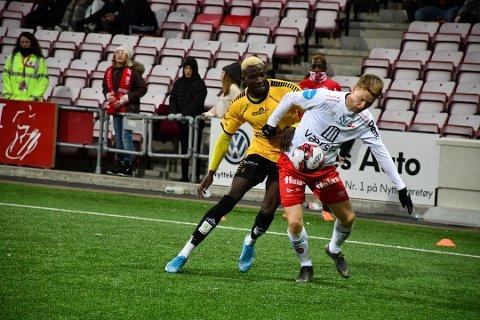 MIDT PÅ: Alagie Sanyang, som er en av nøkkelspillerne som kan glippe, og resten av MFK-mannskapet tippes en plass midt på tabellen av spillselskapet NordicBet.
