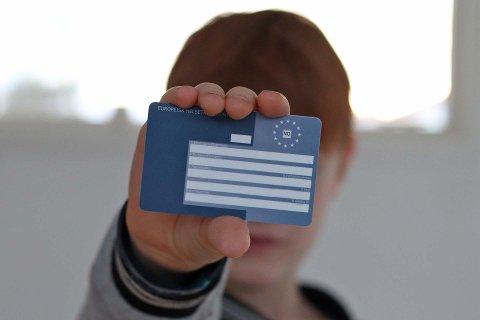 IKKE HELT TRYGT: Det blå EU-kortet, Europeisk helsetrygdkort, kan gi reisende en falsk trygghet dersom du bruker det i Spania.