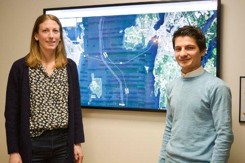 GÅR ENDA BREDERE UT: Anne Line Heksem Vatne (til venstre) og Jyar Dara er  prosjektledere for Statens vegvesens riksvei 19-prosjektet i Moss.