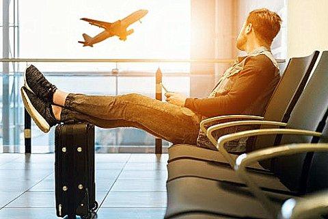 NED: Flytrafikken i Sverige har falt markant, og noe av årsaken er antakelig innføringen av flyskatt.