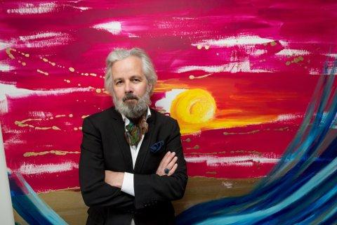 TSUNAMI: I dette maleriet som bærer navnet Tsunami, har Behn gjemt små budskap.