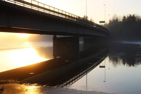 I åtte uker framover blir det redusert framkommelighet over Rødsund bru.