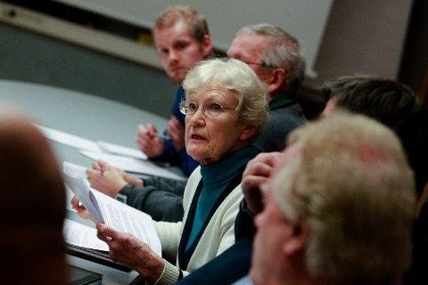 Protesterer: Miljøpartiets Bente Bakke synes at rådmannen burde lytte til Petter Olsens klage.