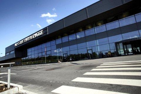 GIR OPP: Det blir ingen åpning av Moss lufthavn Rygge neste vår. Nå sikter man seg inn mot 2021.