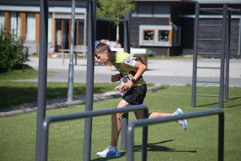 SLO TIL: Igjen var Alfred Bjørnerød meget sterk på sprinten. (Sveip til siden for å se flere bilder)