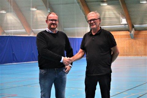 SAMARBEIDER: Tommy Dilling i HK Herulf (t.v.)  og Morten Grønli i HK Rygge er fornøyde med samarbeidet som er inngått mellom klubbene.