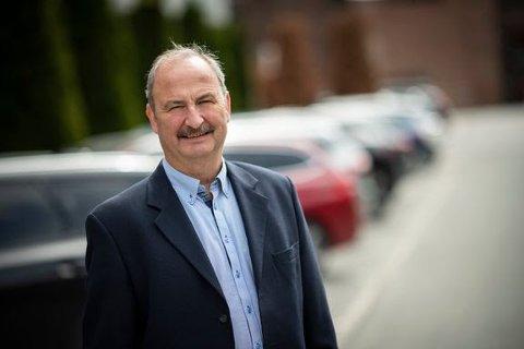 DYRERE: – Å lure til seg mer penger igjen på forsikringen enn man har krav på, betyr dyrere forsikring for alle oss andre, sier Nils Kristian Brekke, som jobber som utreder i Codan Forsikring.