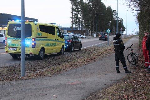BIL MOT SYKKEL: En ung syklist ble påkjørt av en bil på Bredsand i Moss.