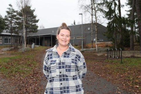 POSITIV: FAU-leder Anie Klavestad-Moe synes det er bra at det legges opp til to skoleenheter med hver sin rektor ved den nye skolen som er under planlegging på Kirkebygden i Våler.