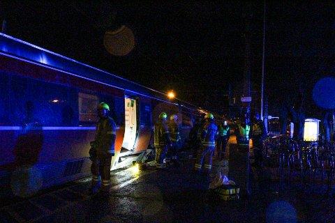 ULYKKE: Alle nødetatene rykket ut til en alvorlig ulykke på Moss stasjon søndag kveld.