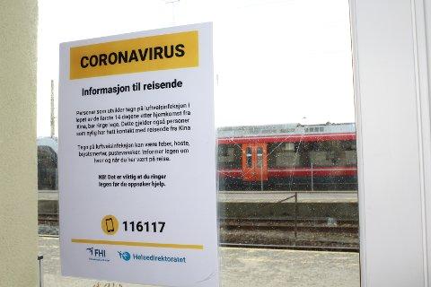 UTSETTER: Korona er årsaken til utsettelsen av konkurransen på Østfoldbanen. Bildet er tatt ved en tidligere anledning.