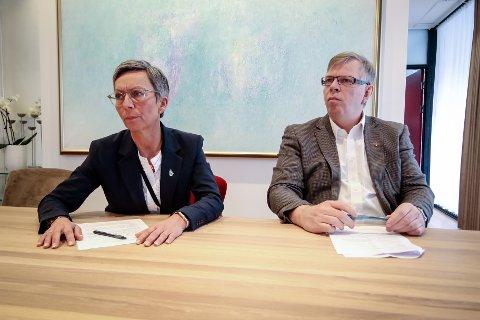 PRESSEKONFERANSE: Den 12. mars hadde Moss kommune en pressekonferanse om koronaviruset. Dette er den dagen både ordfører Hanne Tollerud (Ap) og kommunedirektør Hans Reidar Ness husker best fra året.