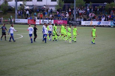 FESTDAG: Da Sprint-Jeløy møtte Sarpsborg 08 i cupen 1. mai 2019 anslo klubben at det var rundt 800 tilskuere på Bellevue.