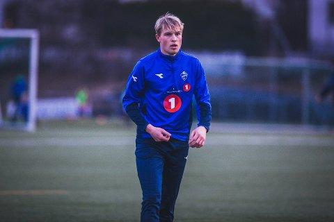 COMEBACK PÅ FELTET: Eirik Kaldheim (25) og resten av spillergruppa var mandag tilbake på Bellevue. Bildet er tatt ved en tidligere anledning.