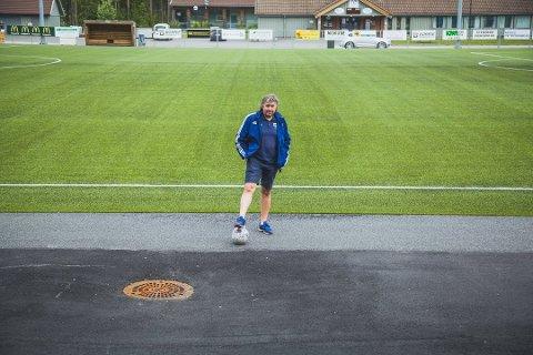 SYND: Fotballeder i Råde IL, Knut Erik Berg, syns det er trist at noen at stjålet med seg en stor andel av klubbens utstyr.