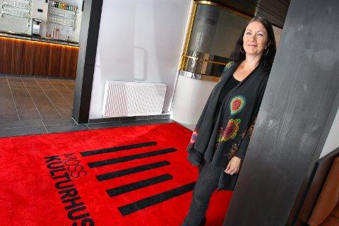 KULTURLIVET VÅKNER: Kultursjef Daniella van Dijk-Wennberg er glad for at samfunnet begynner å åpne opp igjen slik at publikum kan få sine kulturopplevelser.