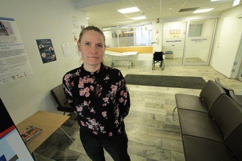 BEKLAGER: Prosjektleder på koronalegevakten, Anne Lise Hagaseth beklager at noen fortsatt opplever lang ventetid på koronalegevakten.