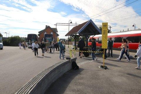 Østfoldbanen gjennom Ski stasjon åpner dessverre ikke for togtrafikk som planlagt mandag 10. august.