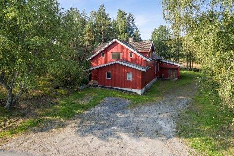 Dette bedehuset i Råde ligger nå ute for salg. Det er ett av tre bedehus som ligger ute for salg i Norge nå.