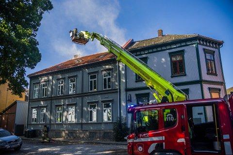 BRANN: Brannen som brøt ut i Gamlebyen i Fredrikstad onsdag fikk konsekvenser for et par mossinger.