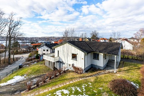 KUPPET: Denne boligen på Kallum ble solgt for 1,7 millioner kroner over prisantydning allerede før visning, etter at tre interessenter henvendte seg direkte til selger.
