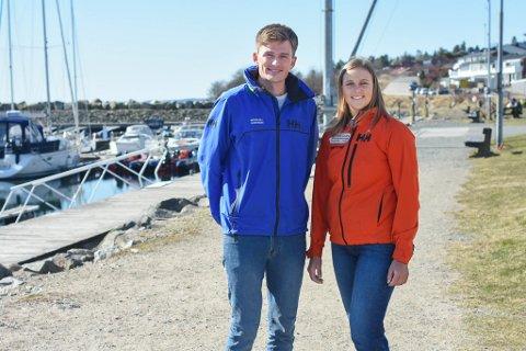 EN TUR HJEMOM: Nicholas Fadler Martinsen (26) og Martine Steller Mortensen (26) har vært samboere i Moss siden 2017, men det meste av tiden tilbringer de på reise i utlandet.