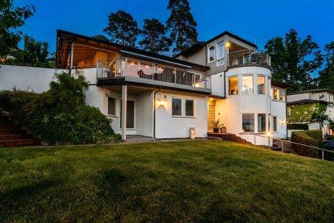 SOLGT: Denne boligen på Tronvik er nå solgt for mer enn 14,5 millioner kroner etter at to stykker endte i en budkrig om eiendommen.