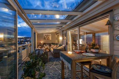 STORFORNØYD SELGER: Ifølge eiendomsmegleren er selger svært fornøyd med prisen vedkommende fikk for boligen sin.