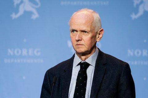 KORONA: Smitteverndirektør hos Folkehelseinstituttet, Geir Bukholm, forteller Moss Avis at kriteriene i skjevfordelingen av vaksinedoser ikke er endret.