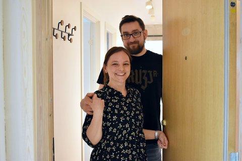 FRA 50-TALLET: Da Patrycja Michałek (39) og Marek Piatek (39) flyttet fra Moss til Drammen for tre år siden, falt de for en leilighet som bar preg av at det var bygget på 50-tallet.