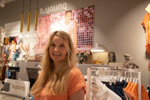 Nina Madsø (36) er daglig leder på B.young på Rygge Storsenter