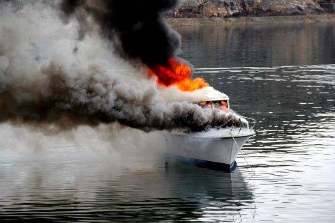 ETT MINUTT: En båt kan bli overtent i løpet av ett minutt.