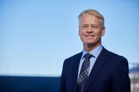 FORTSETTER: Fylkesråd for næring Johan Edvard Grimstad er glad arbeidet med å hjelpe korona-rammede bedrifter i Viken fortsetter.